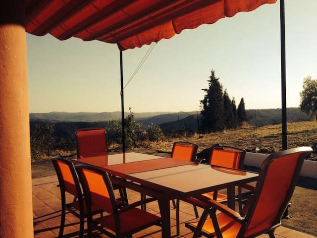Casa con impresionantes vistas - Jabuguillo - Rumah