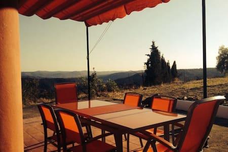 Casa con impresionantes vistas - Jabuguillo