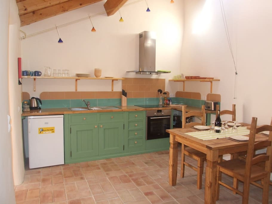 Kitchen/dining space fully equipped for up to 6 self-catering.