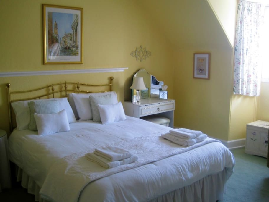 Rooms To Rent In Forres