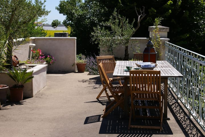 Peaceful Location - Monts-sur-Guesnes - Penzion (B&B)