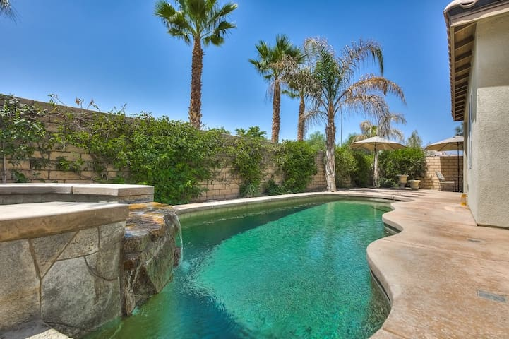 Private Pool & Spa! Sleeps 12! Tennis & Golf! - Indio - Casa