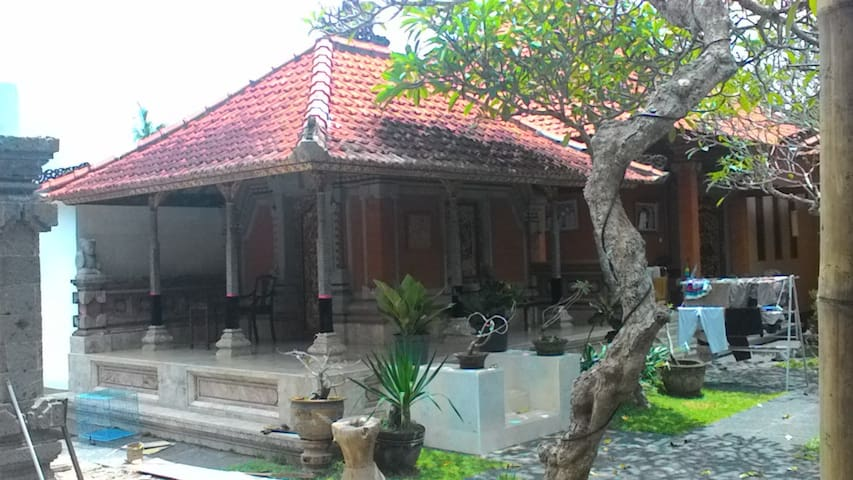 Wismaya Galeri Mas - Gianyar - Bed & Breakfast