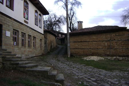 Welcome to resort village Katunisht - Katunishte - House - 1