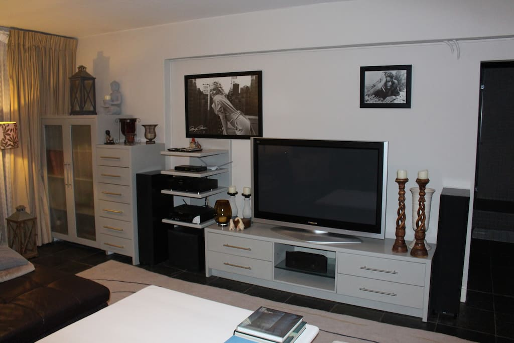 Lounge with large TV (DSTV cable), Internet and Sound system
