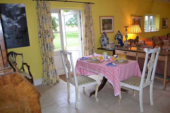 Converted Barn in Beautiful Countryside near Lewes - Lewes, East Sussex - Bed & Breakfast