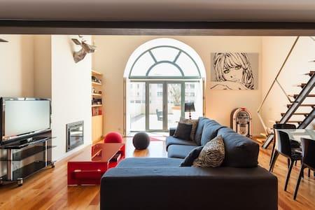 Loft Moderno com Terraço de 130m2! - Lisboa
