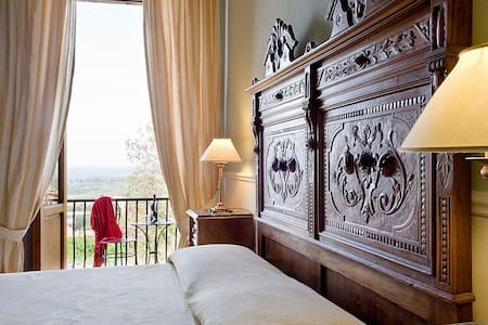 Classic n. 1 in Palazzo Malaspina - Bed & Breakfast