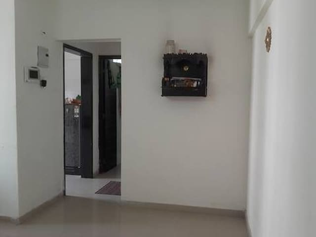 Short Term 2 BHK  Flat in Mumbai