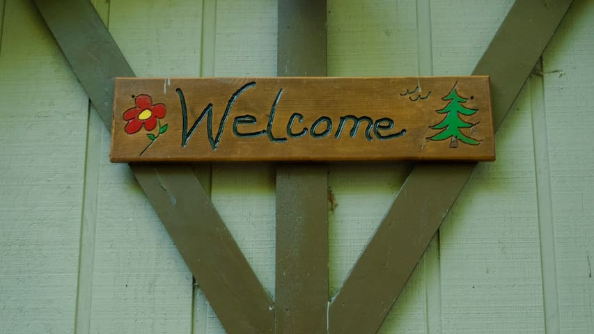 We're glad you are here, thank you for checking out Big Sky Mountain Meditation Retreat