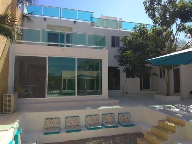 Hermosa Casa en Acapulco c/salida privada a laguna