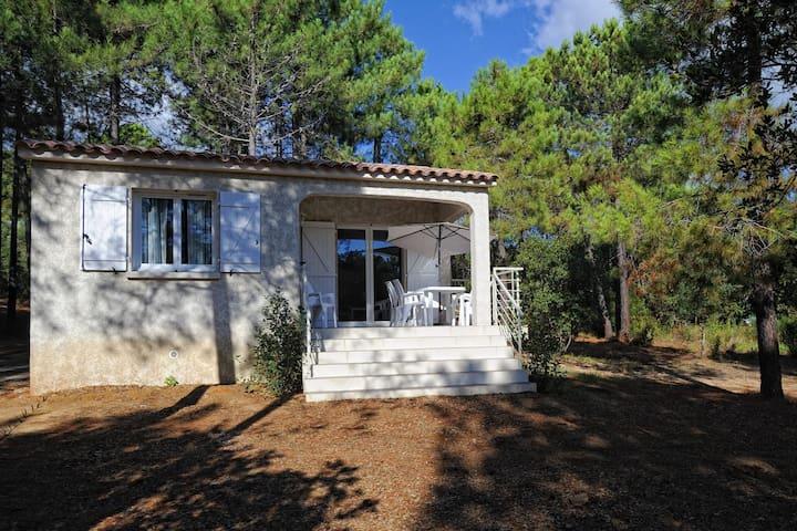 Villa a Favone