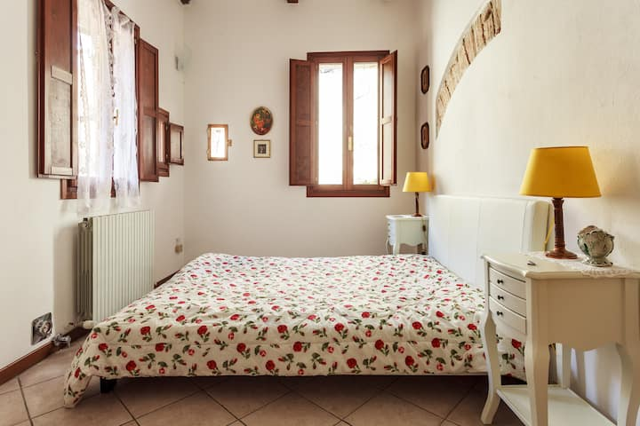2Torri Studio in the heart of the historic centre