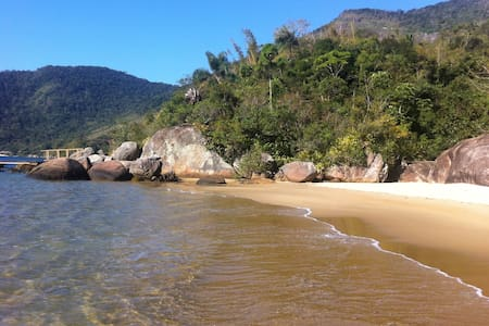 Unique beach house surrounded by beautiful nature - Paraty