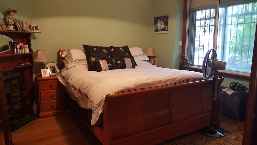 3 bedroom Federation home in Marrickville - Марриквилль - Дом