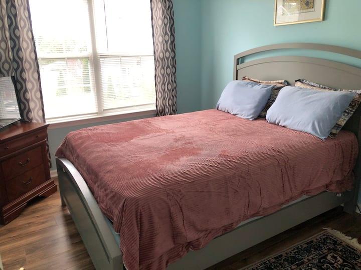 Quiet comfy room