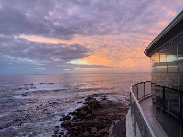 Heavenly seaside Bantry Bay luxury penthouse.