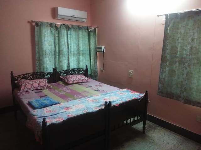 Shirdi nilayam - ROOM 1