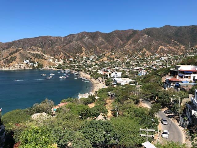 Espectacular suite con hermosa vista a la bahía