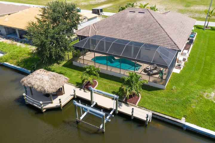 Roelens Vacations - Villa Pelican Bay - Cape Coral
