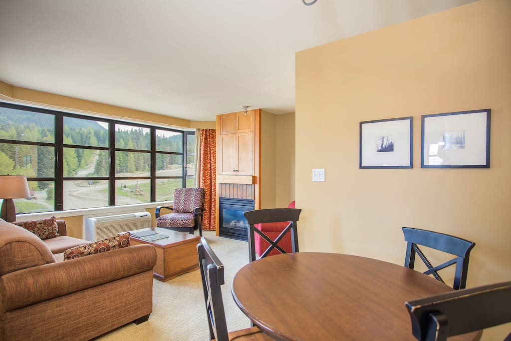 2 Bedroom Mountain View Suite has an open-concept floor plan