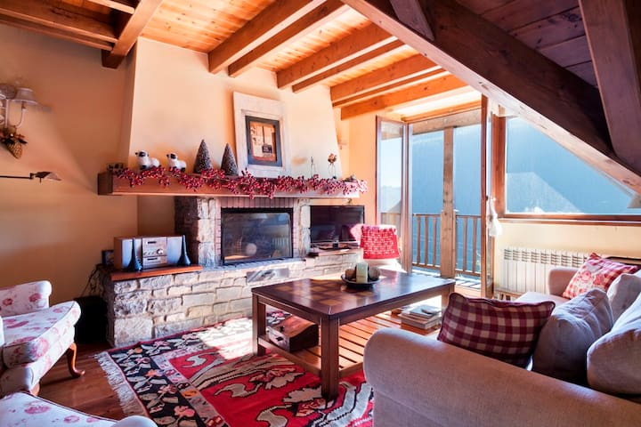 BAQUEIRA LUXURY PletaNHÉU1700meters - Baqueira - House