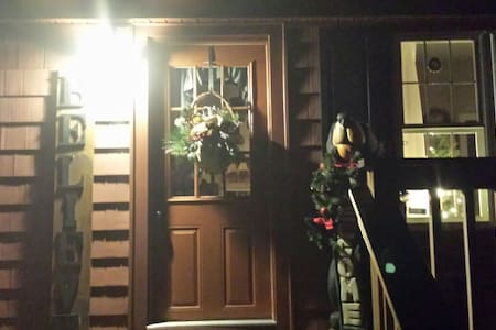 Christmas Angles Bed & Breakfast - Hannacroix