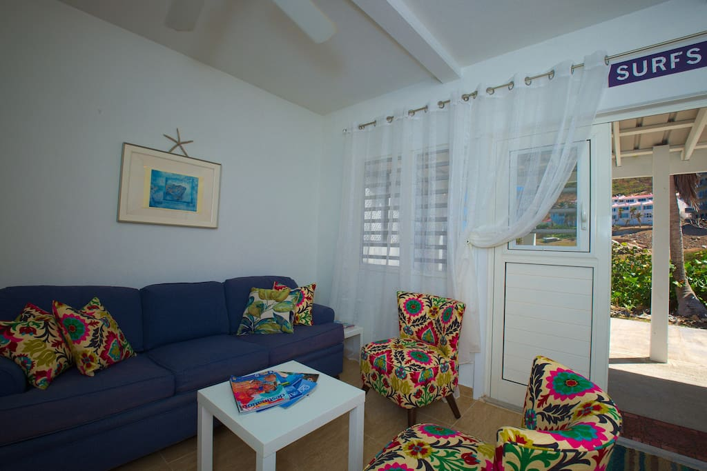 Bright Caribbean & coastal colours greet you upon your arrival