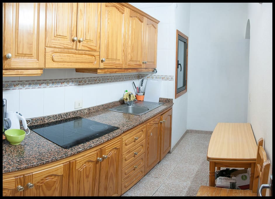 2 bedroom apartment with a terrace apartamentos en - Singular kitchen las palmas ...