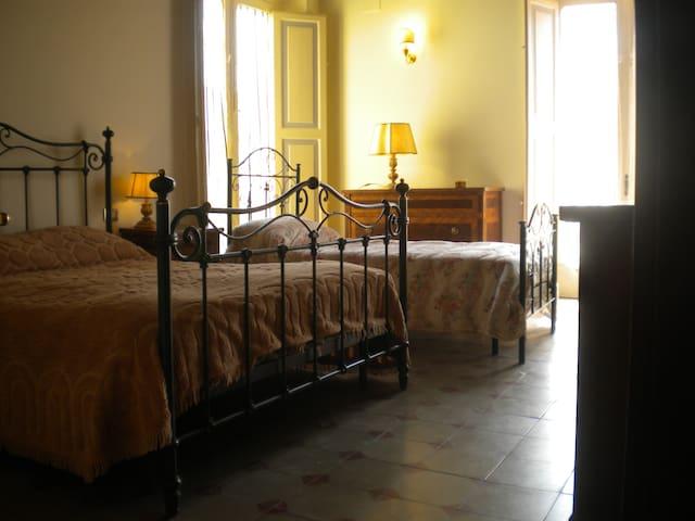 Bed&Breakfast Palazzo Lanza - Capua - Гестхаус