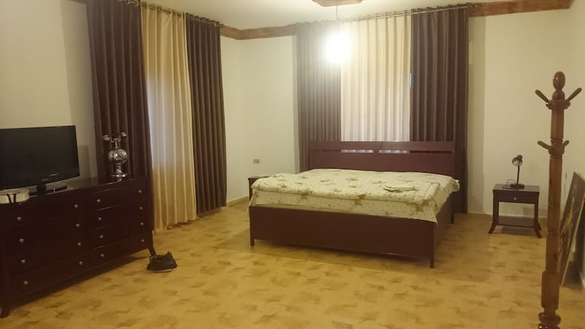 Farah Rooms1 - Madaba - Apartament
