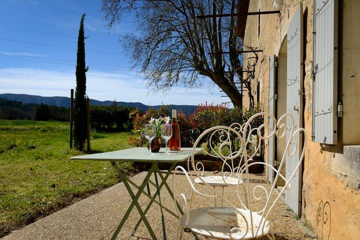 Gite au mas de St Antonin à Oppède, Luberon