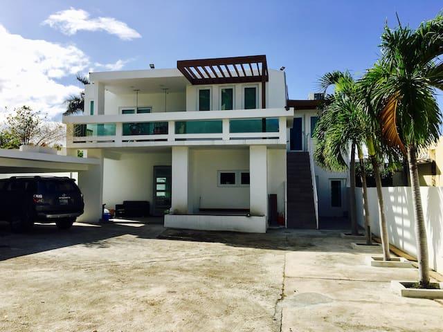Modern 1B/1B Apt. (1st floor) - San Juan - Apartamento