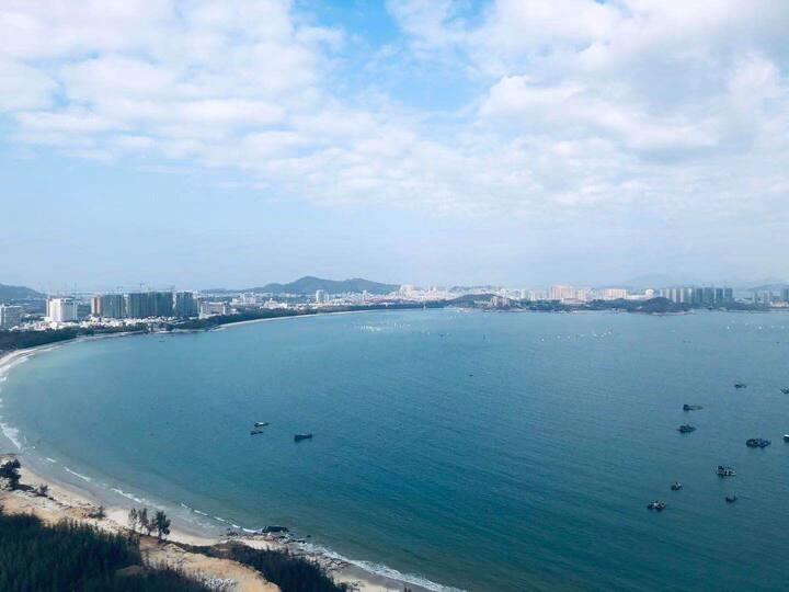 东山岛金紫荆广场海景,水上娱乐,烧烤聚集地