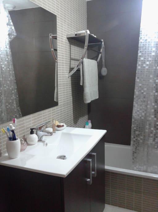 Cuarto de baño compartido