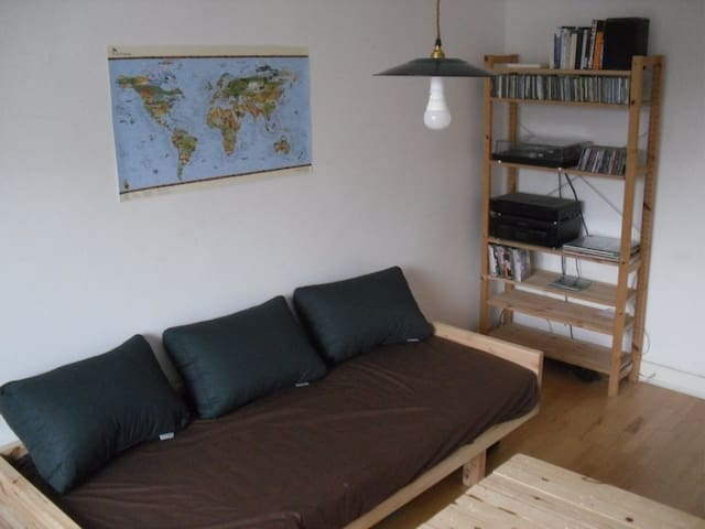 Nice Room close to Sternschanze