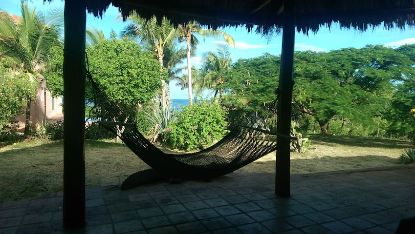 Beach Front! Costa Rica - Los Pargos - Maison
