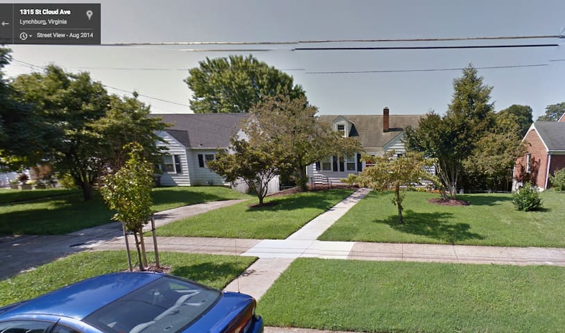 Newly Renovated Basement Studio Apt