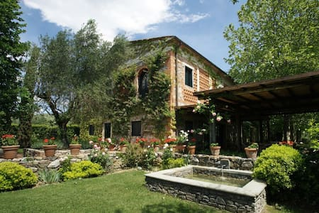 8 bdrm, Close to Florence, pool - Montecatini Terme