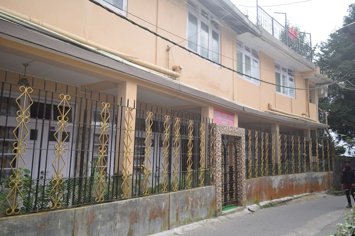 Isabel Guest House C1