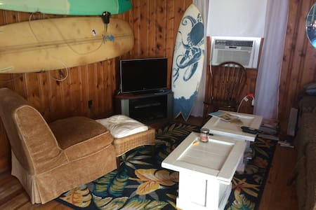 Surf Shack Beach Simplicity - Appartement
