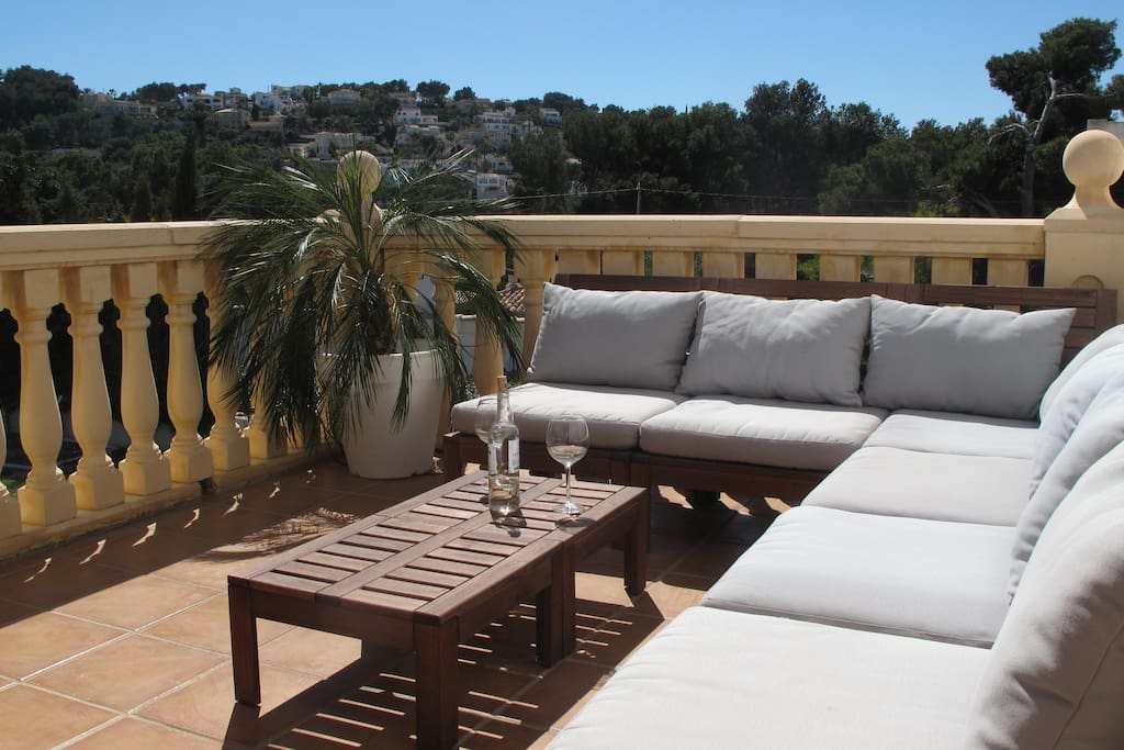 Lounge on the naya overlooking rear garden and with stunning views.