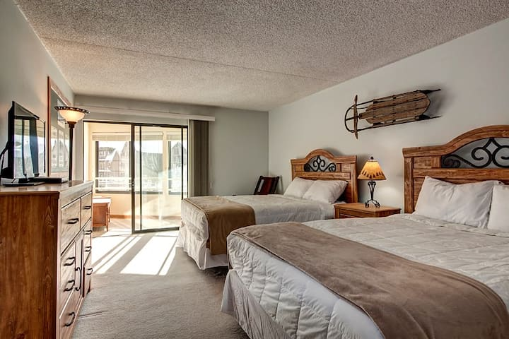 2 queen beds in Copper Mountain - Frisco - Apartment