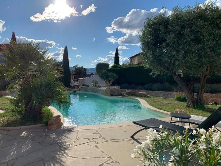 Villa des Oliviers avec piscine