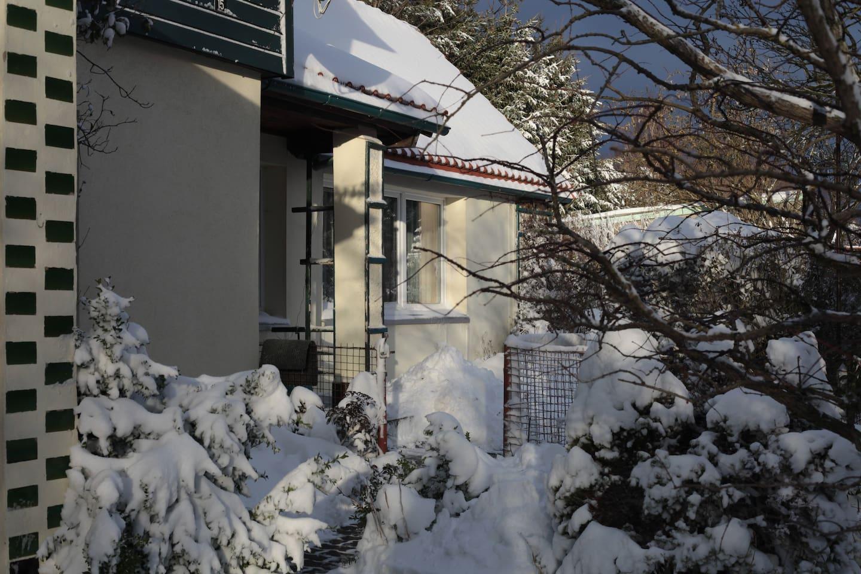 Herzlich willkommen in unserem winterfesten Bungalow