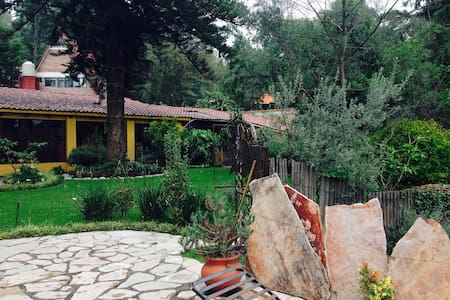 Preciosa casa en el bosque - Huitzilac - Vila