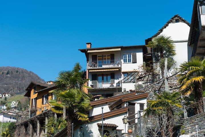 Idyllisch über Verzascadelta - Gordola - Apartment
