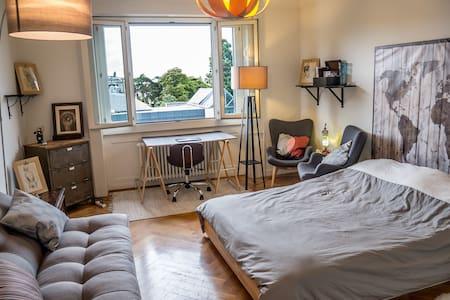 Sofa (Big Shared Bedroom) 300m Lake - Ginebra