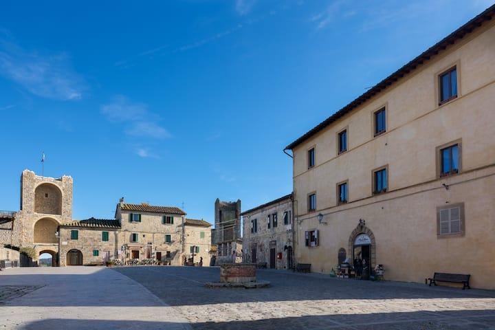 Rooms and Wine Monteriggioni - I Giardini