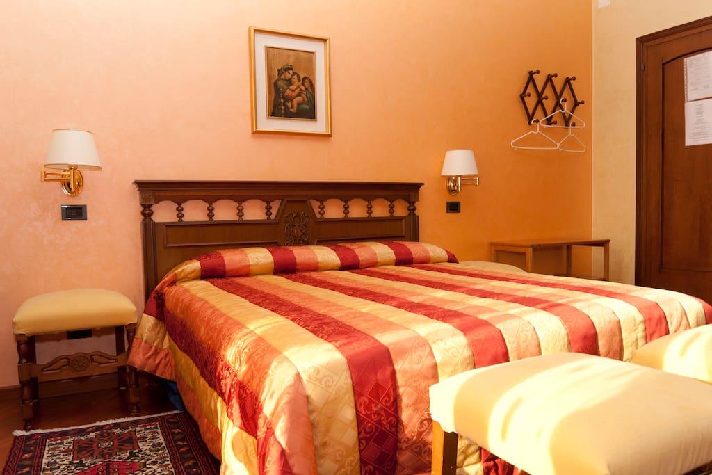 BB Fabrizia Cadoneghe room yellow